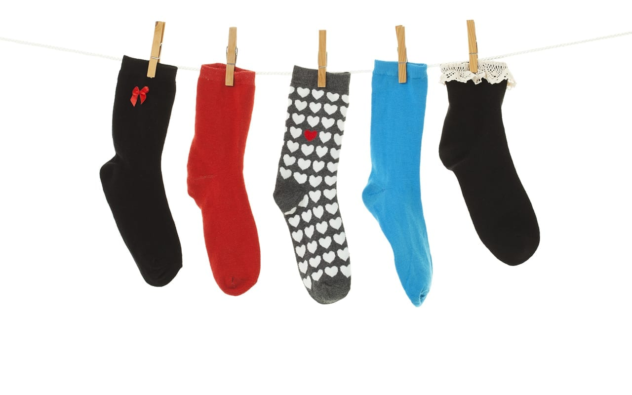 22 Clever Ways to Save Money with Odd Socks
